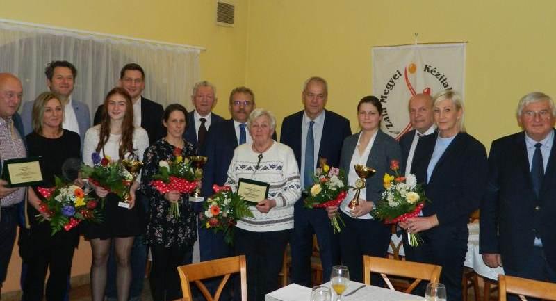 A Hévízi Sportkör sportolója lett a 2019-es év legjobb Zala megyei kézilabdázója!
