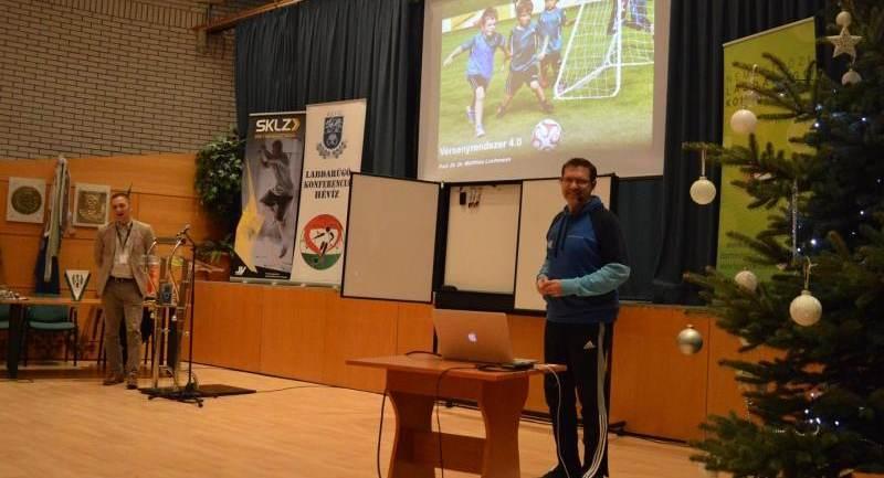 Matthias Lochmann tartott konferenciát Hévízen